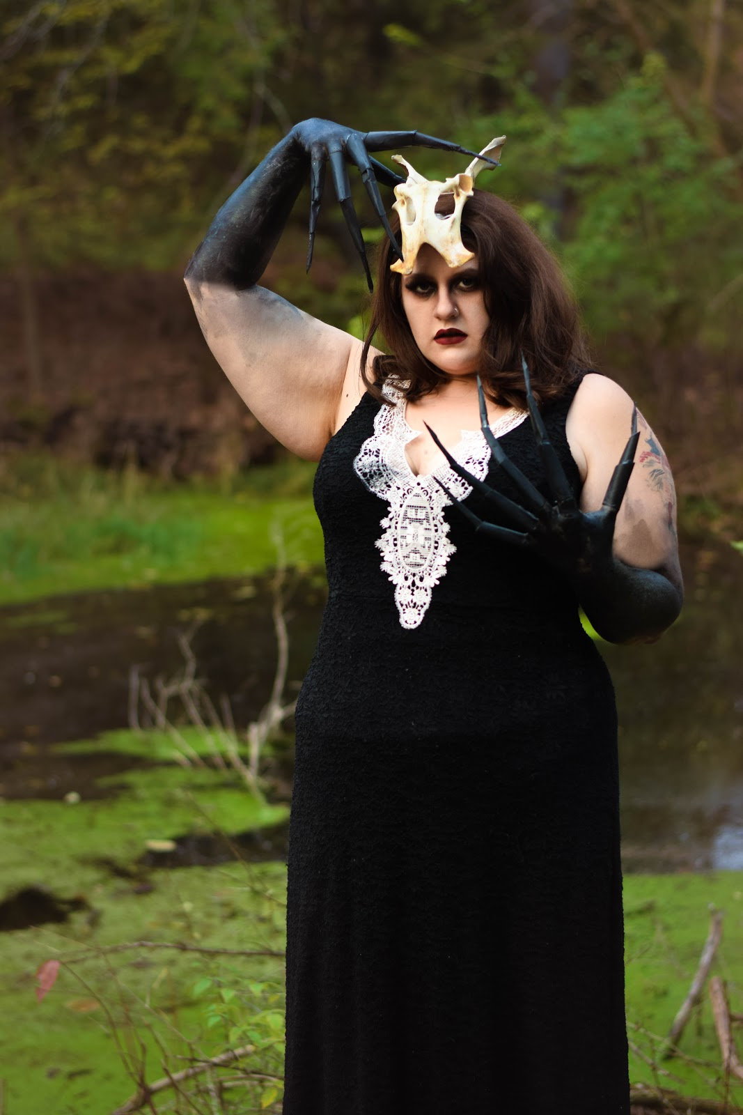The Classy Junk: Witch of the Wood | Cheap and Easy Halloween Costume