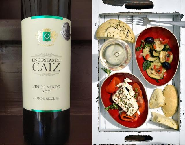 Vinho Verde mit Feta und Zucchini