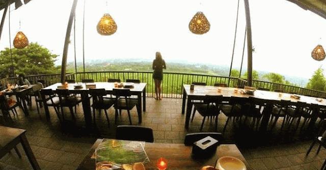 gambar wisata cirebon bukit gronggong
