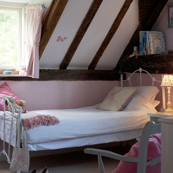 Modern Country Style Girls Bedroom Painted Furniture