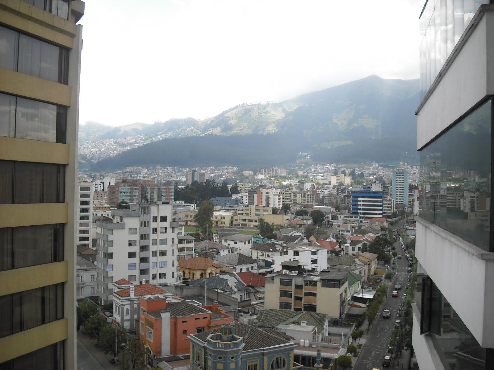 Porque ecuador quito colonial architecture city by day for Design hotel quito