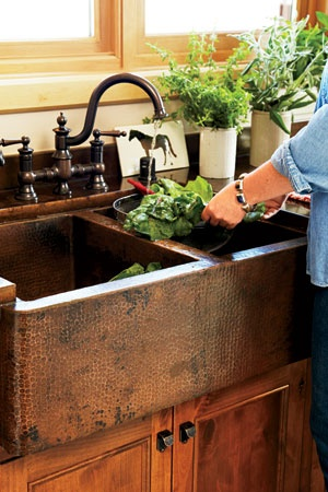 This double copper kitchen sink is a perfect farmhouse style kitchen piece