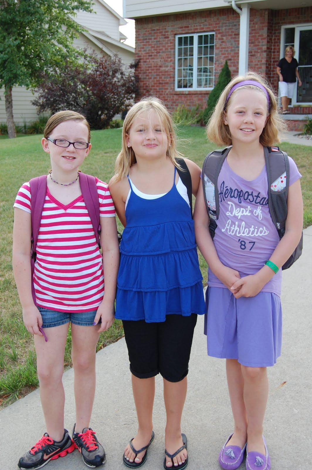 Stony Brook Elementary Fourth Grade Girls Write Bill Now