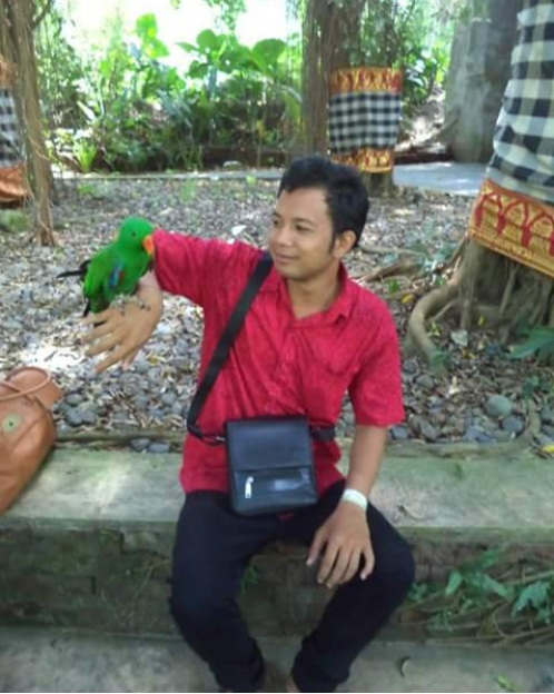 Take Picture With Birds