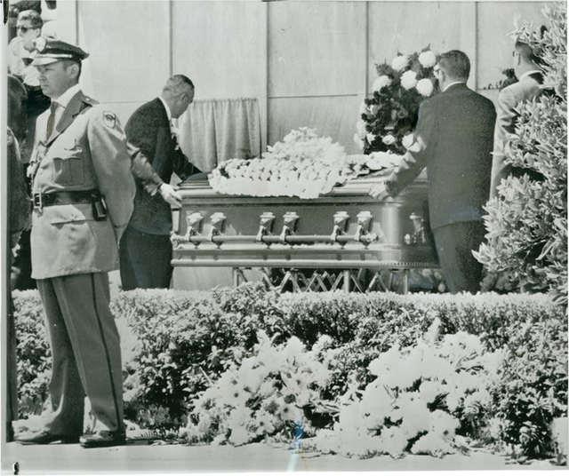 Super Salvatore Lo Leggio: Ai funerali di Marylin. Dal discorso di Lee  VG53