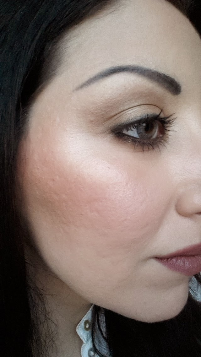 becca shimmering skin perfector opal swatches, illuminante viso