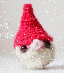 http://www.thesunandtheturtle.com/2013/12/christmas-elf-amigurumi-free-pattern.html