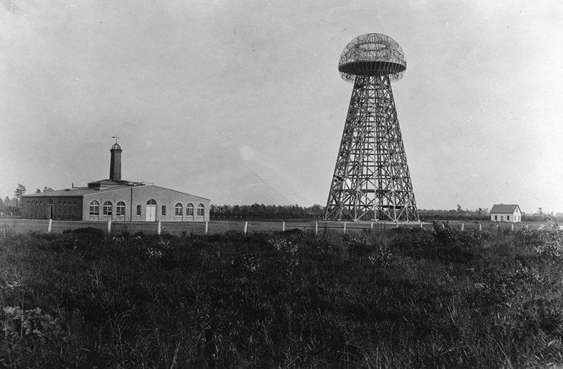 Ο τεράστιος πύργος που κατασκεύασε ο Νίκολα Τέσλα για να στείλει ασύρματα ηλεκτρική ενέργεια σε όλο τον κόσμο