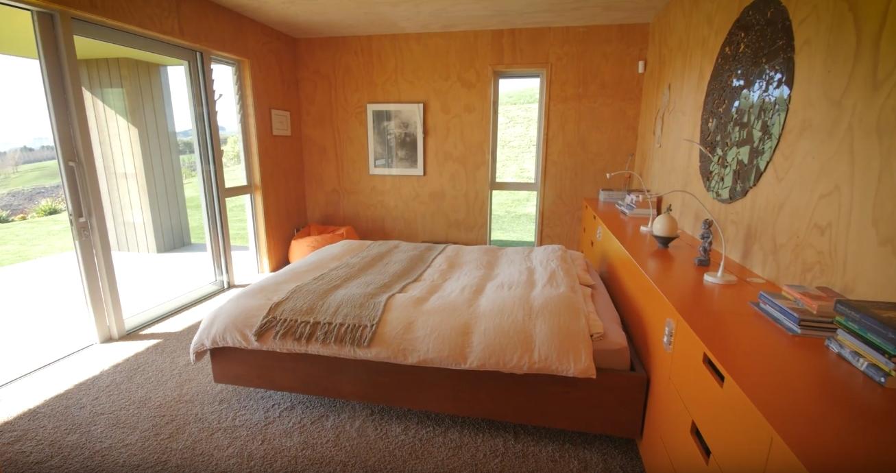 19 Photos vs. 157 Walcott Lane, Kahuranaki, Hastings Home Interior Design Tour