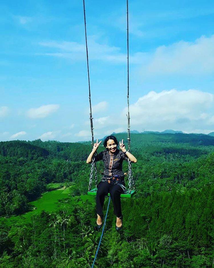 Wisata Baru Ayunan Langit Di Bukit Watu Jaran Girimulyo ...
