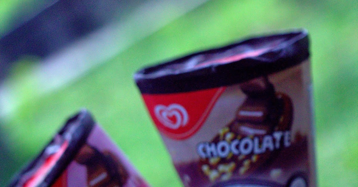 Ice Cream Cornetto Kecik Berbaris
