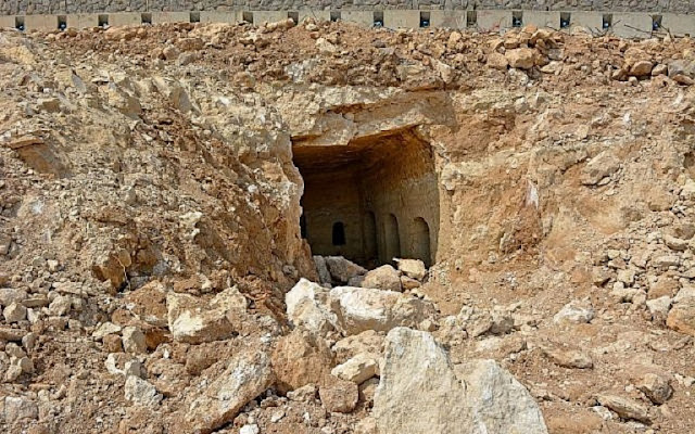 Roman-era burial chamber discovered in Northern Israel