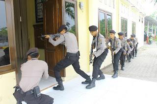 Bentuk Kesigapan Polres Bojonegoro Lawan Terorisme Dengan Latihan Wanteror