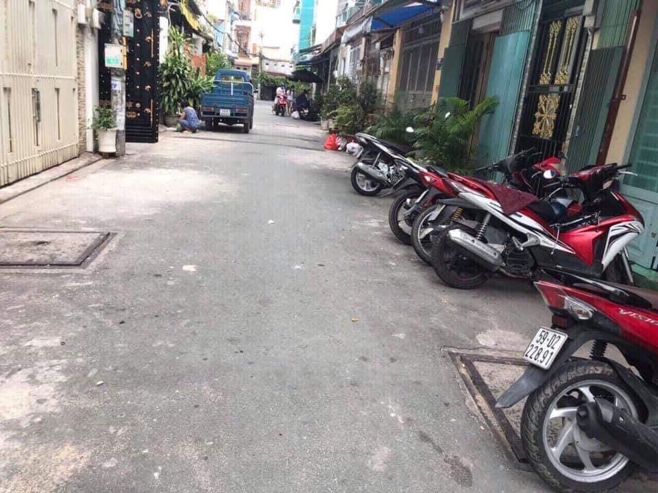 Bán nhà Hẻm xe tải Dương Văn Dương quận Tân Phú. DT 4x10m