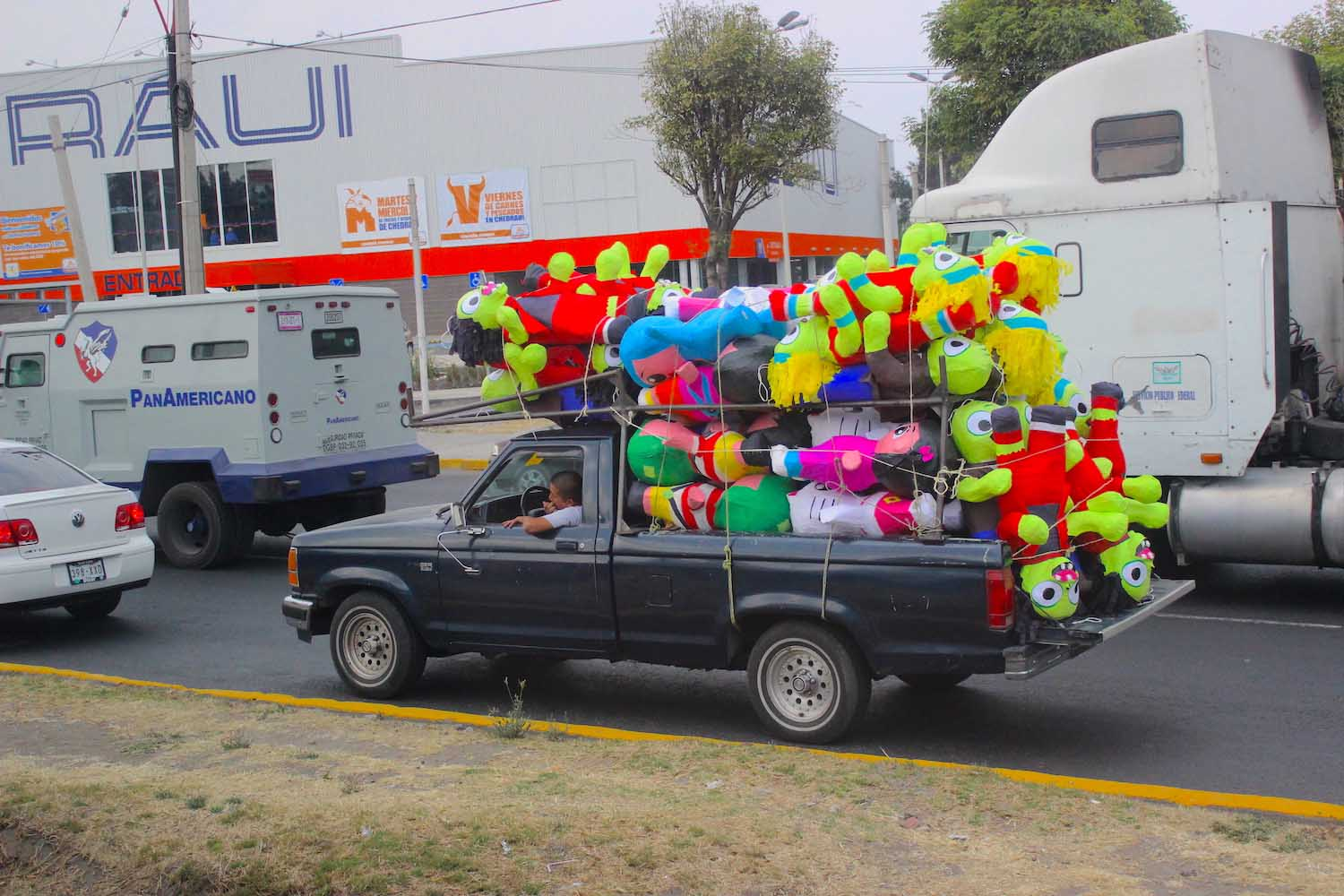 truck cholula with pinata