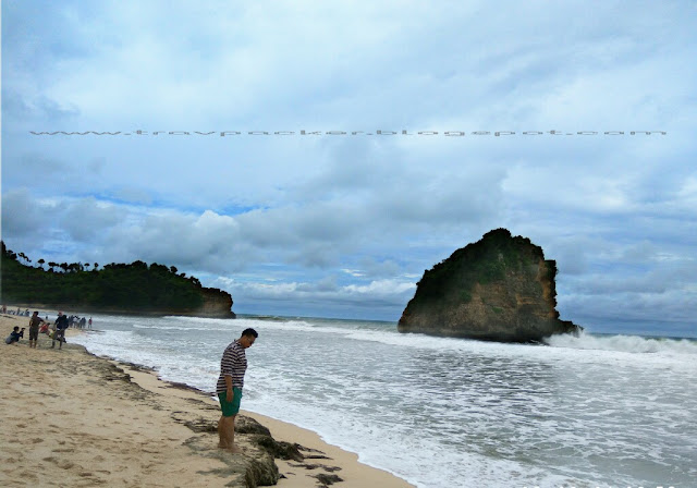 Eksplor pantai ngudel yang masih alami di pesisir malang selatan