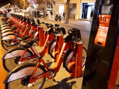 Nueva estación del Bicing Barcelona con las nuevas bicis eléctricas