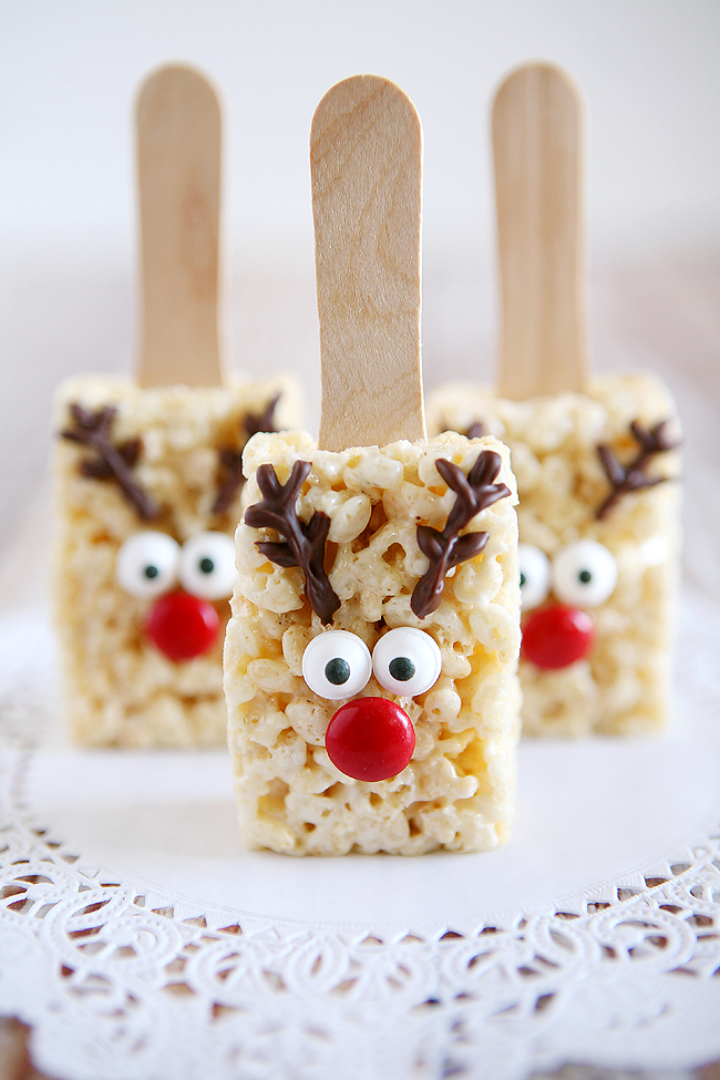5 Fun Holiday Treats to make with the kiddos over the Holidays-Reindeer Rice Krispies