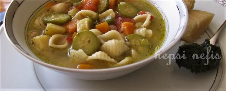 pesto soslu minestrone