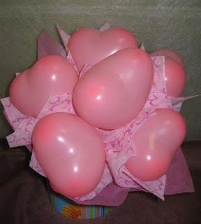 Heart Balloon Bucket