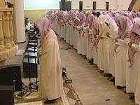 Hukum Jadi Imam Shalat Padahal Tidak Disukai Jamaah