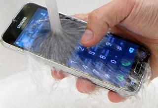 5 Smartphone Android Yang Anti Air