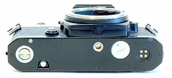 Nikon FE, Bottom
