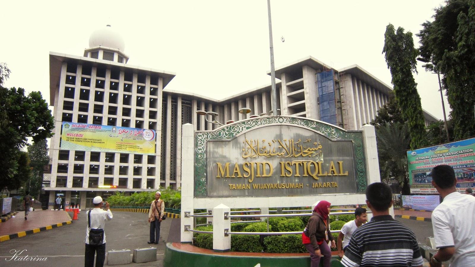 Kulineran Di Sekitar Masjid Istiqlal Jakarta Katerina