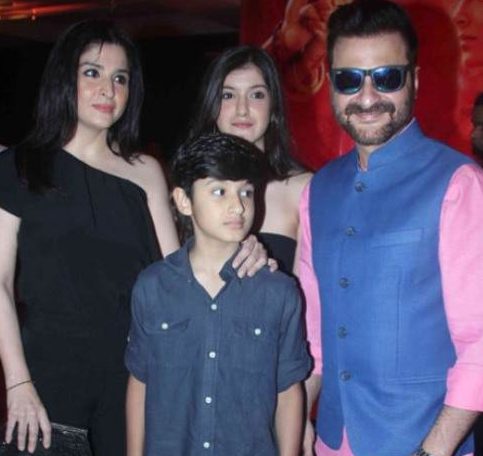 Sanjay Kapoor Family Wife Son Daughter Father Mother Marriage Photos Biography Profile
