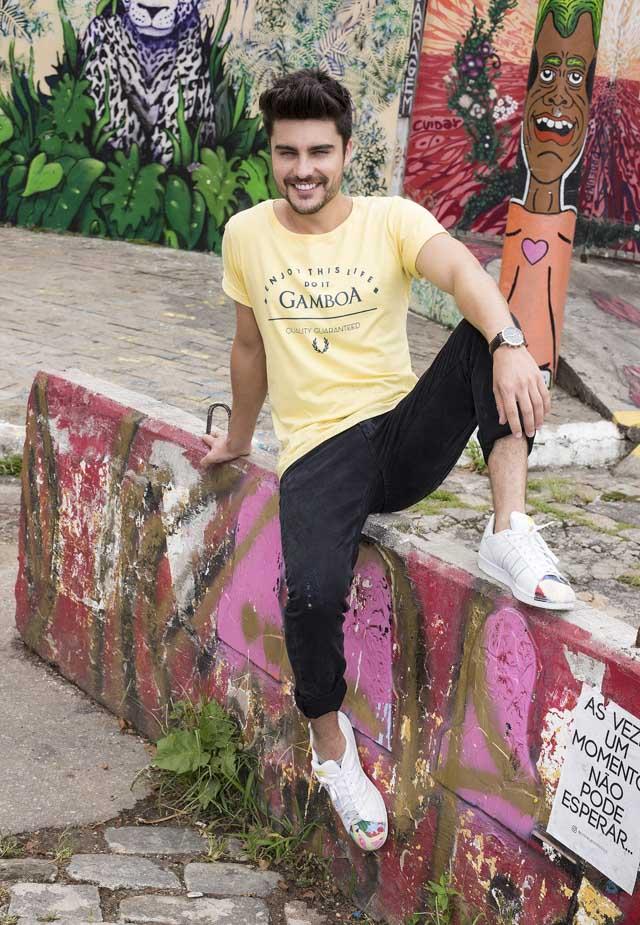 Guilherme Leicam posa para grife de moda masculina. Foto: Luciano Medeiros/Gamboa