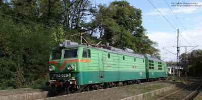 Elektrowóz ET42-029 na stacji Rydułtowy