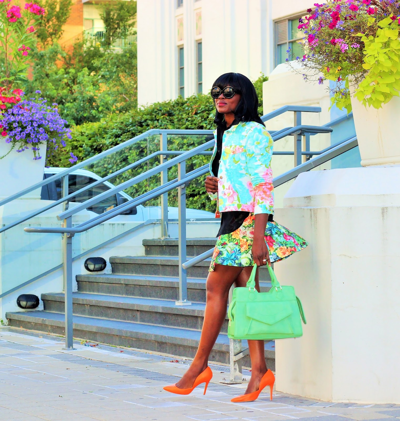 FALL IN PRINTS:Floral print outfit