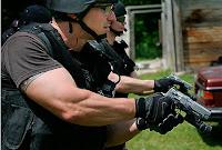 Поражение групповой цели из пистолета