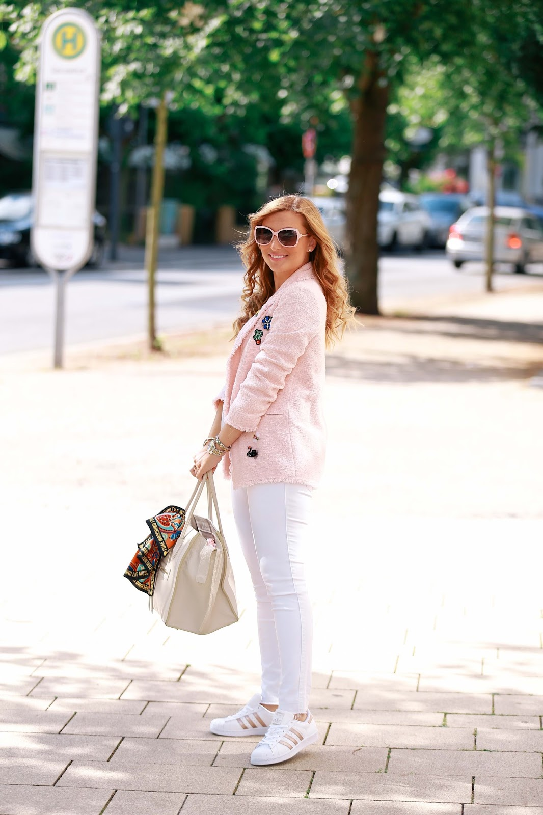Rosa-blazer-look-like-chanel-coco-chanel-look-fashionblogger