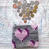 https://laukkumatka.blogspot.com/2018/11/kolikkokukkaro-crocheted-coin-purse.html
