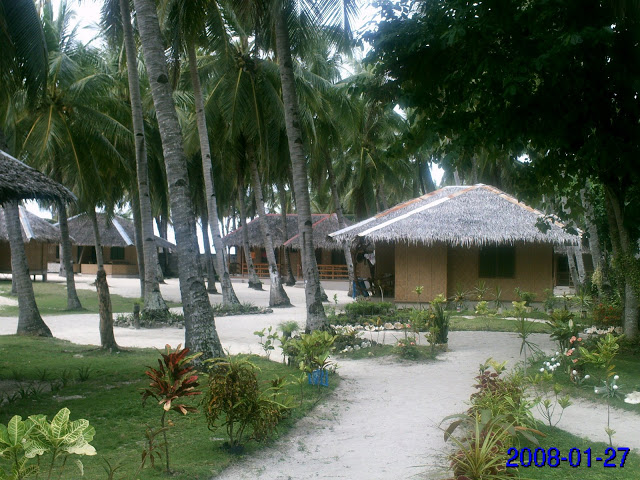 accommodation cottages at Budyong Beach Resort