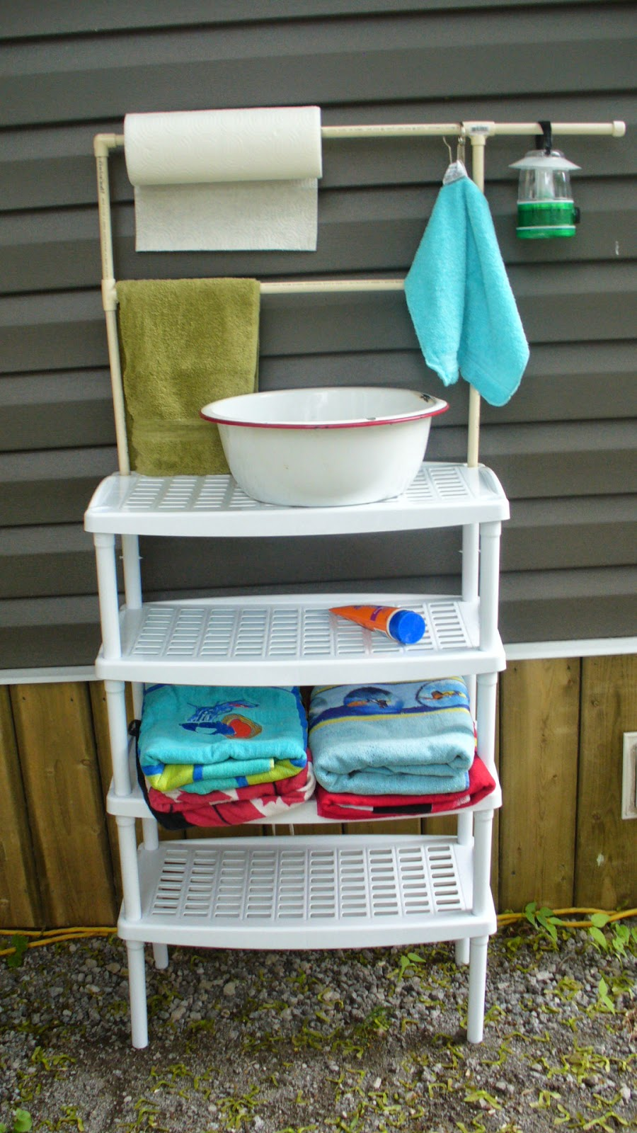 Campy Canadians: Outdoor Camping Wash Stand on Outdoor Sink With Stand id=88501