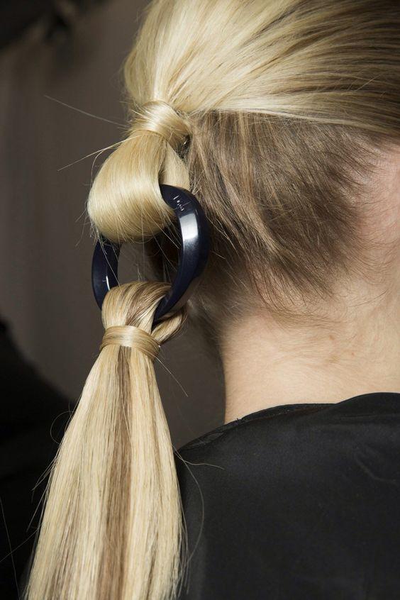 fashionable fall hairstyle idea