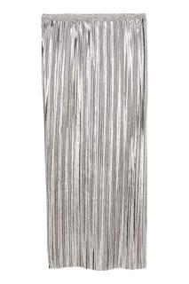 H&M srebrna plisowana metaliczna spódnica wyprzedaż w H&M okazje modowe netstylistka
