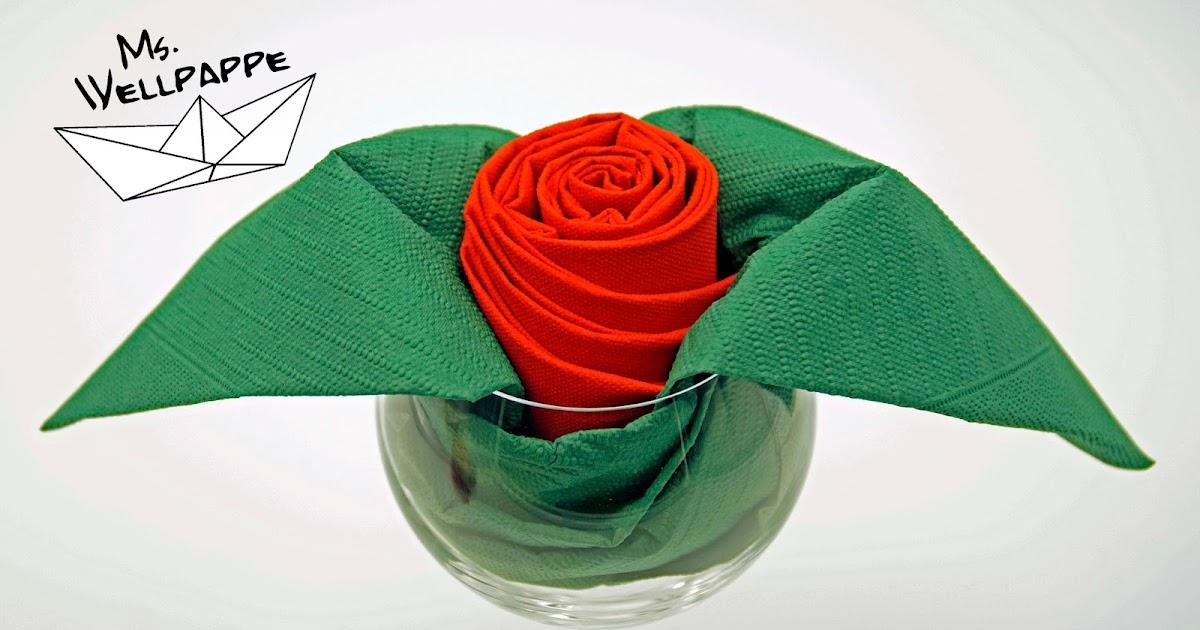 basteln und mehr servietten falten rose tischdeko. Black Bedroom Furniture Sets. Home Design Ideas