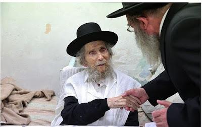 .Líder espiritual dos judeus ultraortodoxos morre aos 104 anos