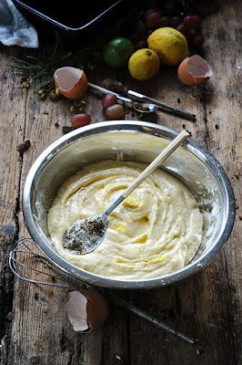 Cake au citron au sirop parfumé herbes de Provence et poivre