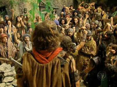 Davi ainda continuava escondido nos bosques de Judá quando um de seus servos veio trazer uma notícia: