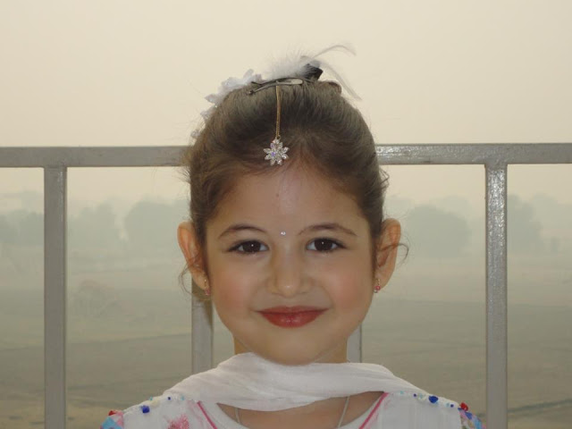 Best_ever_wallpapers_of_harshaali_malhotra_pics_download