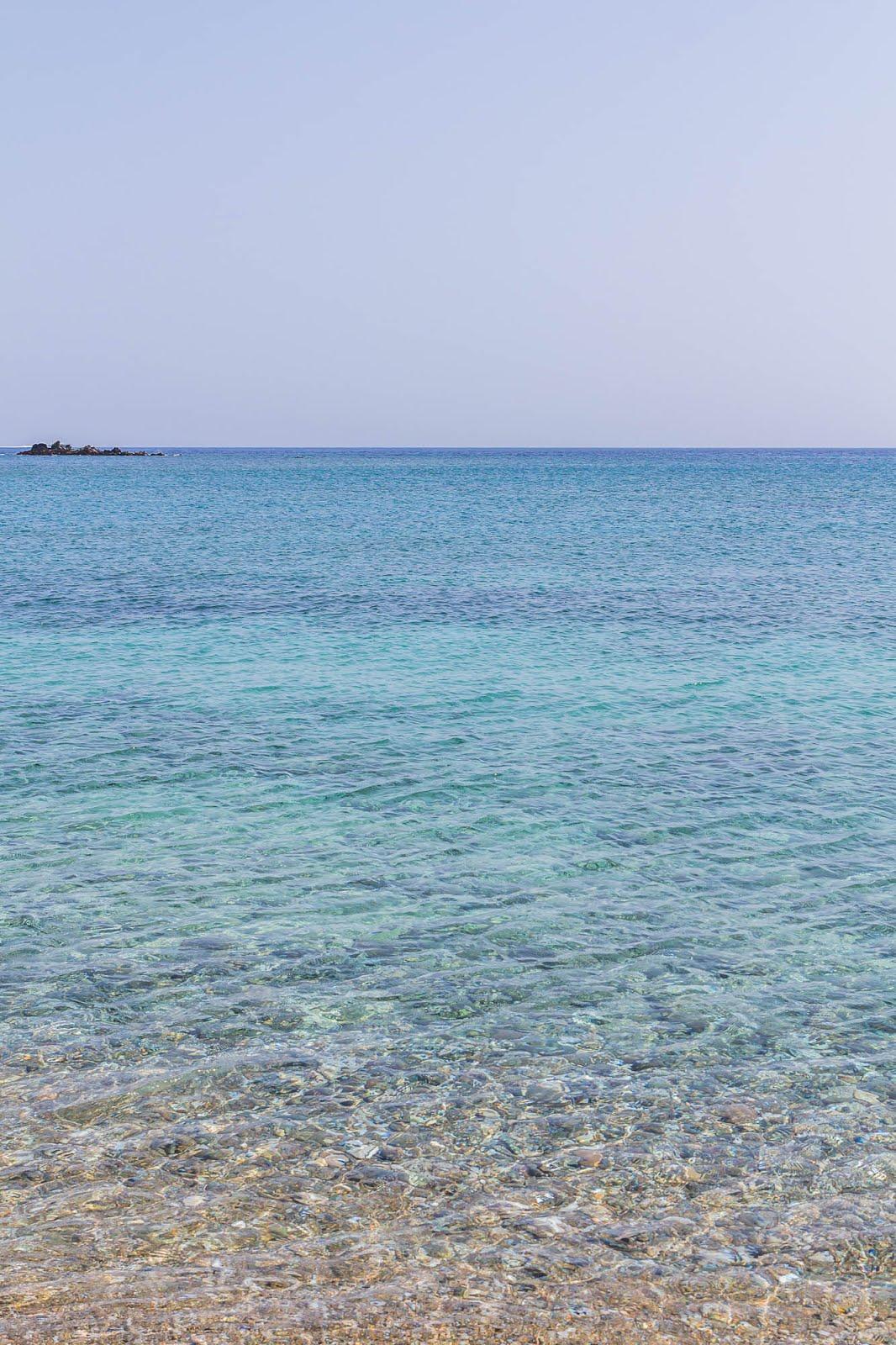 îles grèce eau transparente turquoise