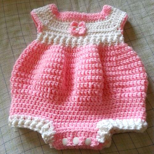 Newborn Romper - Free Pattern