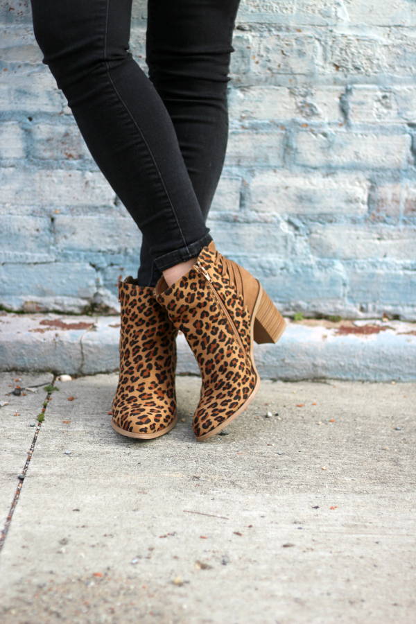 style on a budget, leopard ankle boots, casual mom style, north carolina blogger, patagonia vest