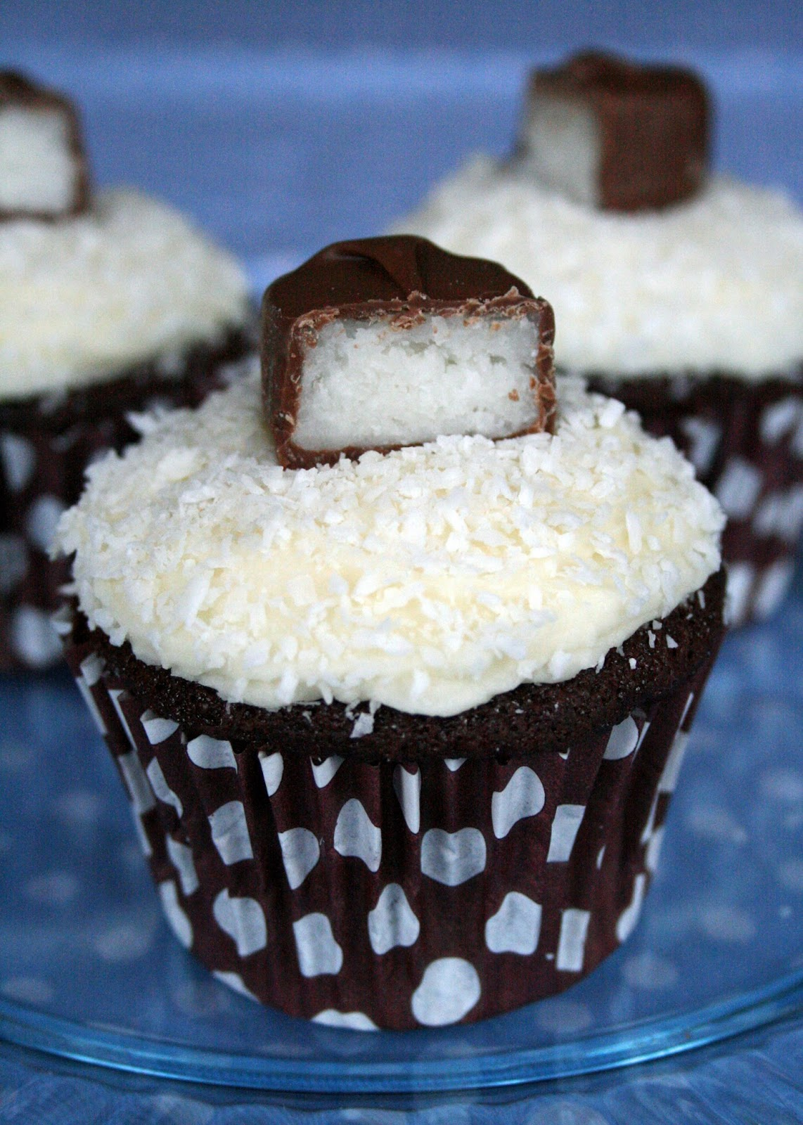 Lauralovescakes Chocolate Amp Coconut Bounty Cupcakes
