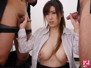 Orihara Honoka ngocok kontol