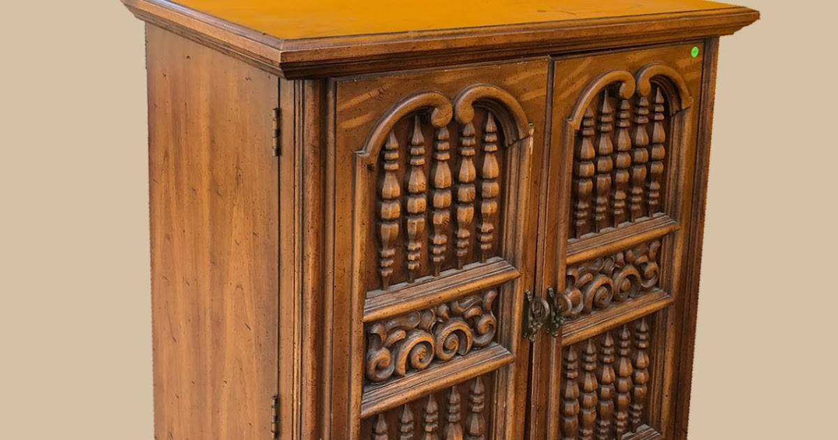 Uhuru Furniture Collectibles Large Cabinet With Drawers 95 75 Bargain Buy Sold